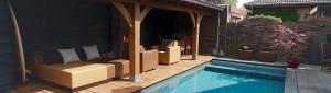 lounge ligbed zwembad